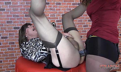 Strapon Jane gives horny TGirl Emily