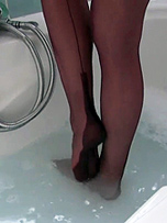 Preview Nylon Jane - Fans ask constantly about seeing Nylon Jane's feet covered in soaking wet nylon stockings, so you can now all enjoy a warm bath together wearing Jane's fully fashioned nylons